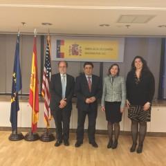 El presidente de la Diputación se reúne con la consejera de Agricultura de la Embajada de España para EEUU y Canadá