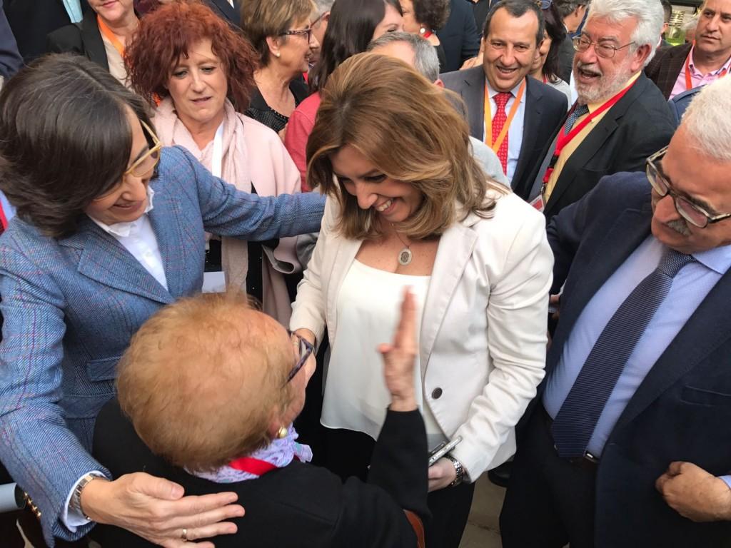 víctima Jaén con Susana Díaz (1)